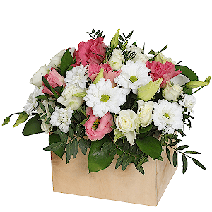 Цветы в коробке Клумба